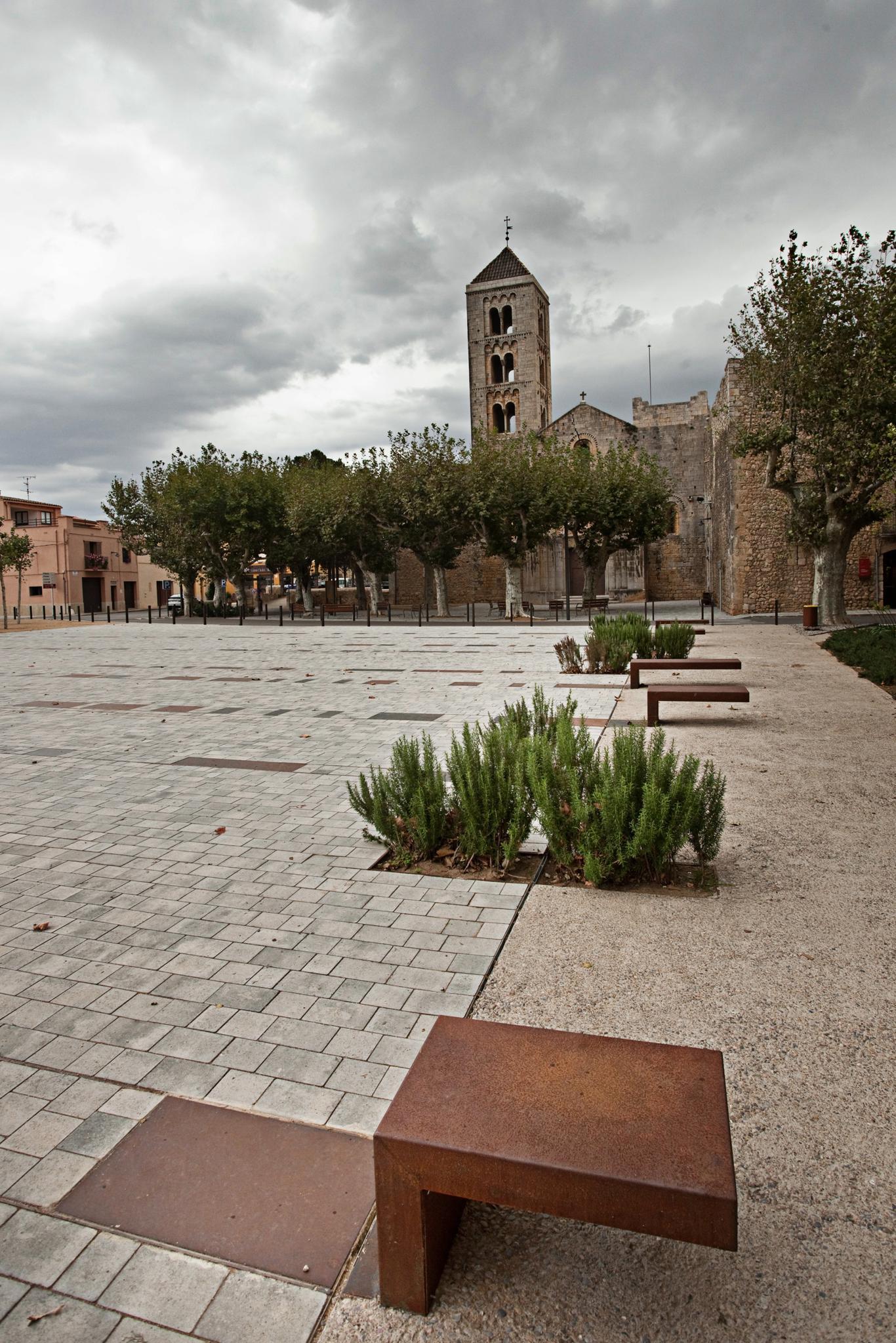 Canònica-de-Sta-Maria-de-Vilabertran.- Empordaturisme