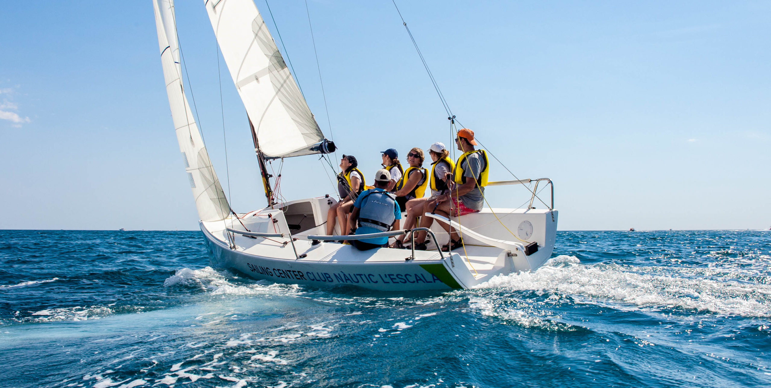Empreses activitats - club nautic lescala - empordaturisme