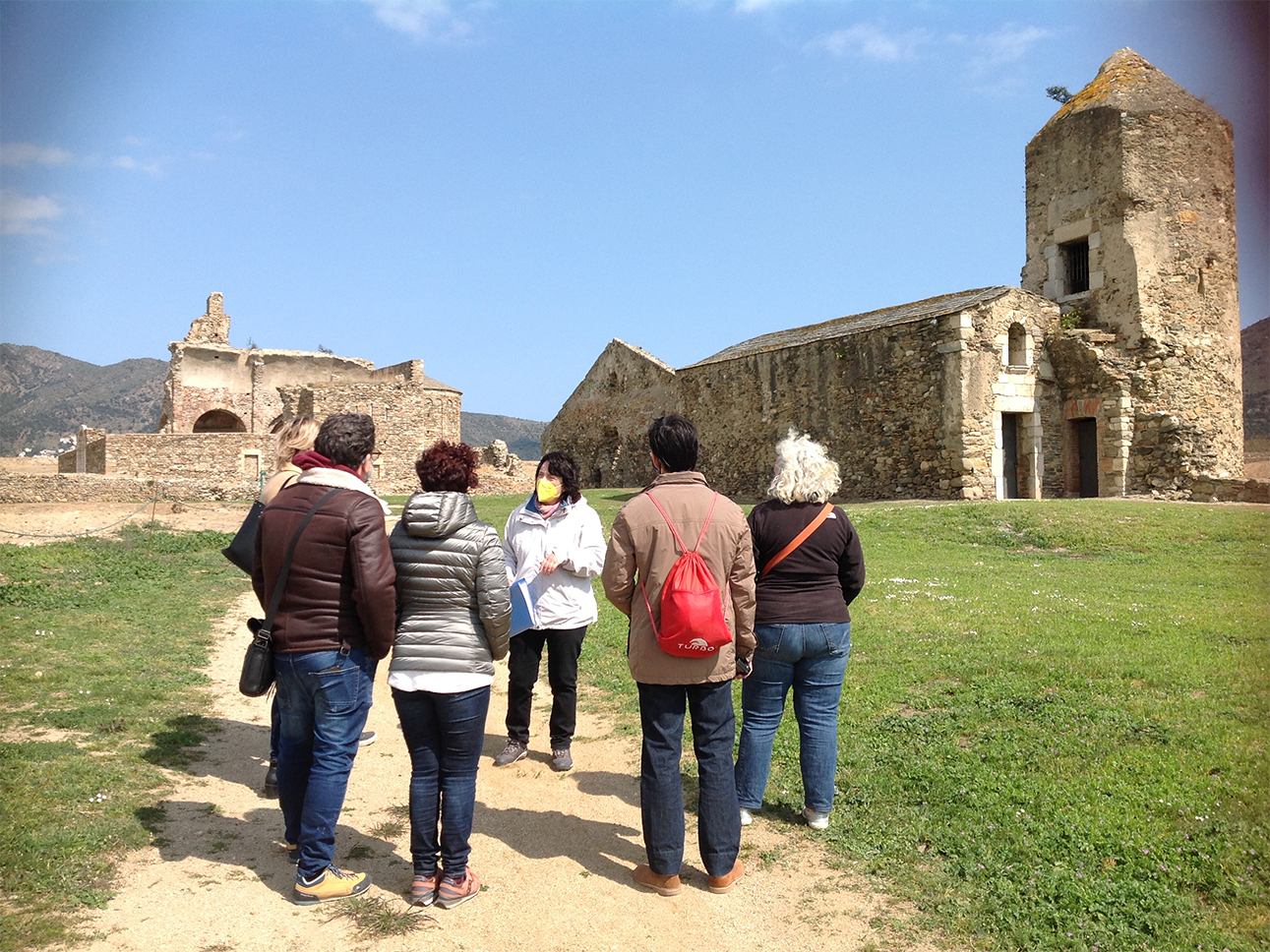 visita-a-la-vila-medieval-de-la-ciutadella - Roses - Empordaturisme